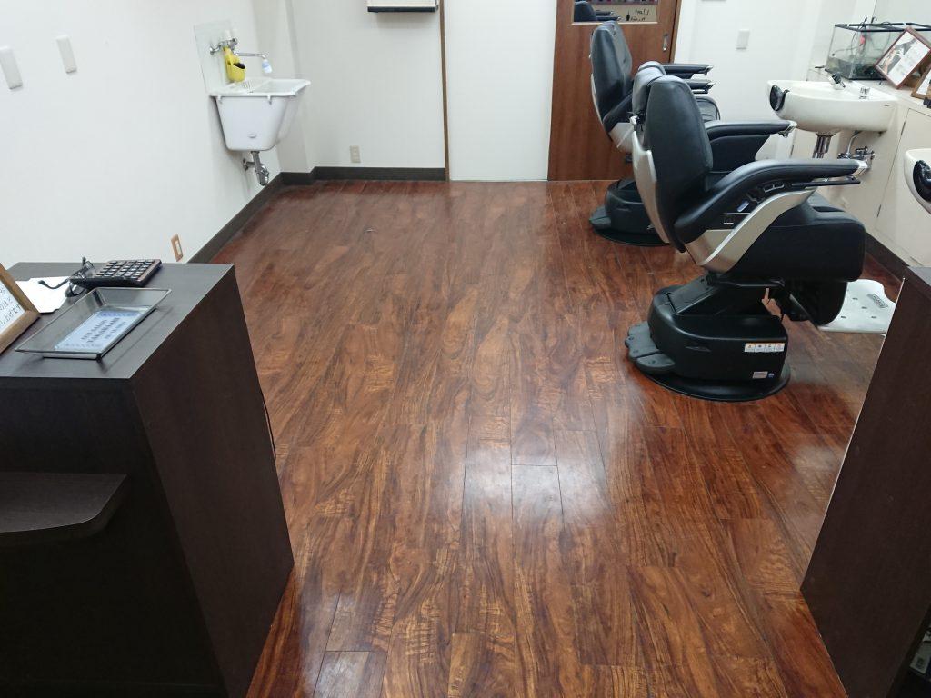 綾瀬駅近くで1番床の綺麗な理容室です(本日限り)2019春